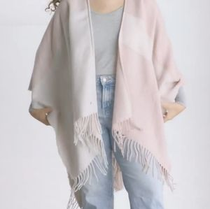 NWT Soia & Kyo Scarf with Fringe